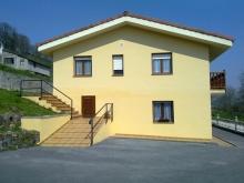Apartamentos La Escuela